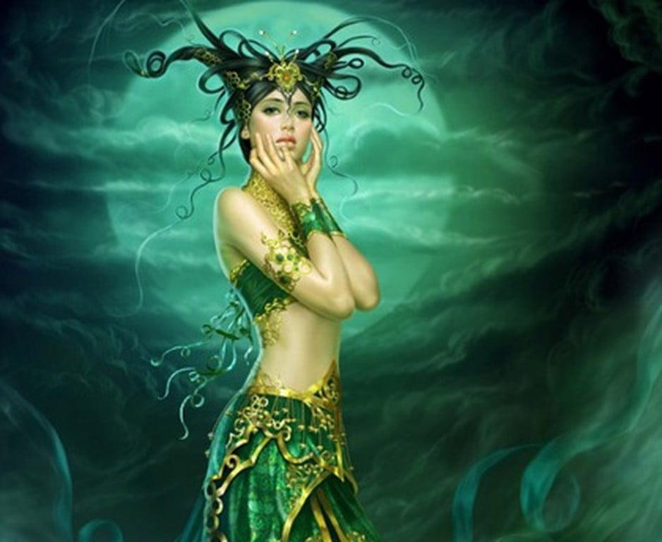 УДЕЛЬНИЦА — дух в облике женщины, губящий родильницу, плод в ее чреве; дух, опасный для детей.